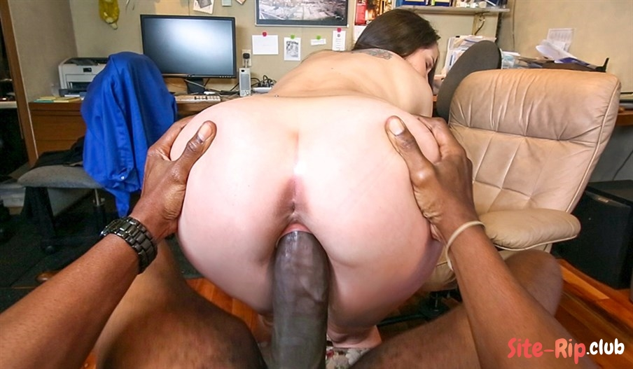 Monster Cock Pussy Pounding