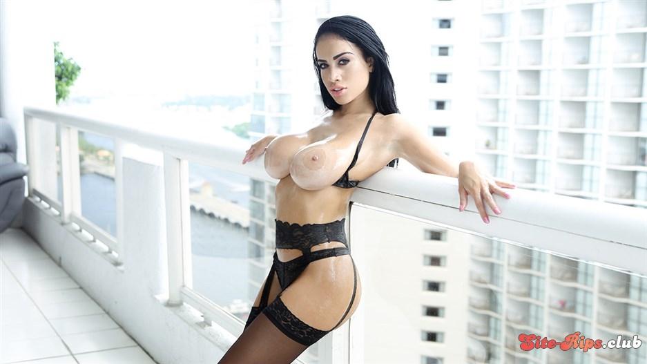 Big Tits Mom Lingerie Fucking