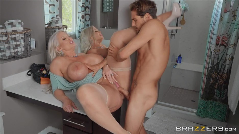 Brazzers – MommyGotBoobs presents Alura TNT Jenson in Draining The Plumber's Cock – 01.10.2019