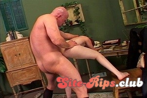 Schoolgirl Hooks Up With Daddy's Friend