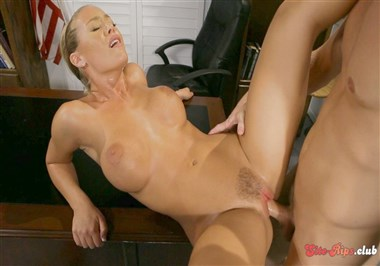 Nicole Aniston Fucks For A Promotion