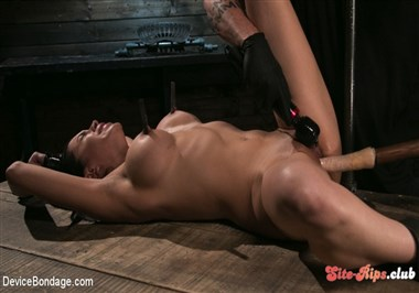 Newbie Pain Slut Cassandra Cain Coerced with Orgasms and Metal Bondage