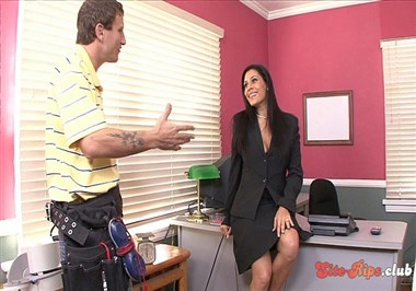 Secretary Raylene Gets Facial After Blowing Boss